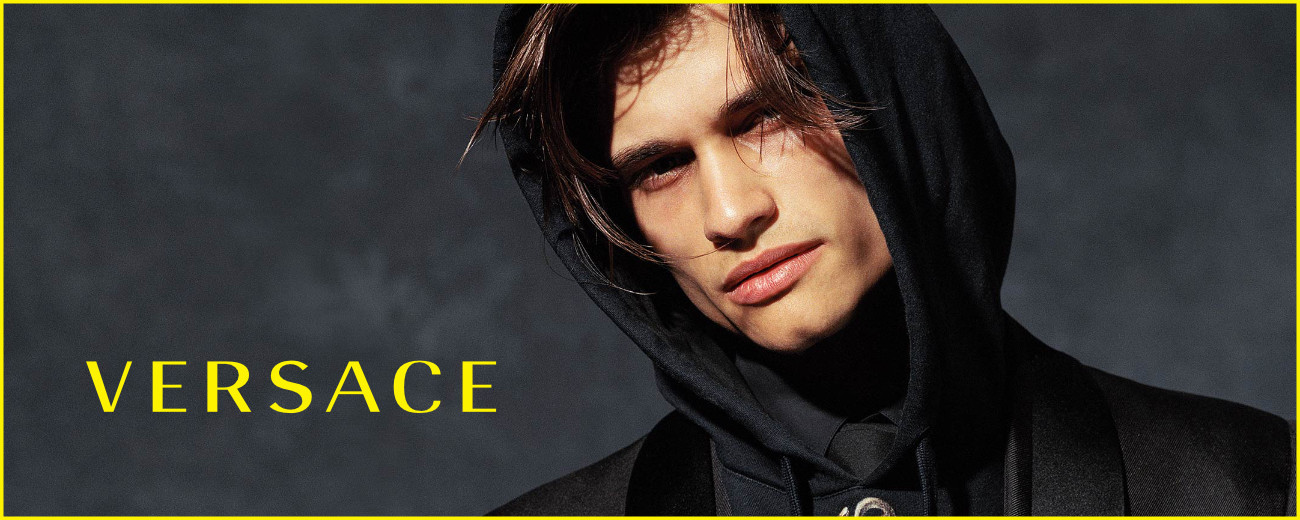 HANDSOME MICHAEL GIOIA FOR VERSACE FW17 CAMPAIGN