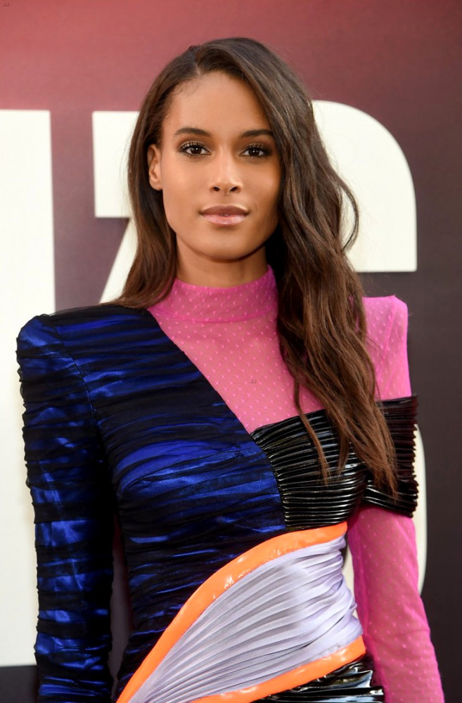 CINDY BRUNA AT THE OCEAN'S 8 MOVIE PREMIERE