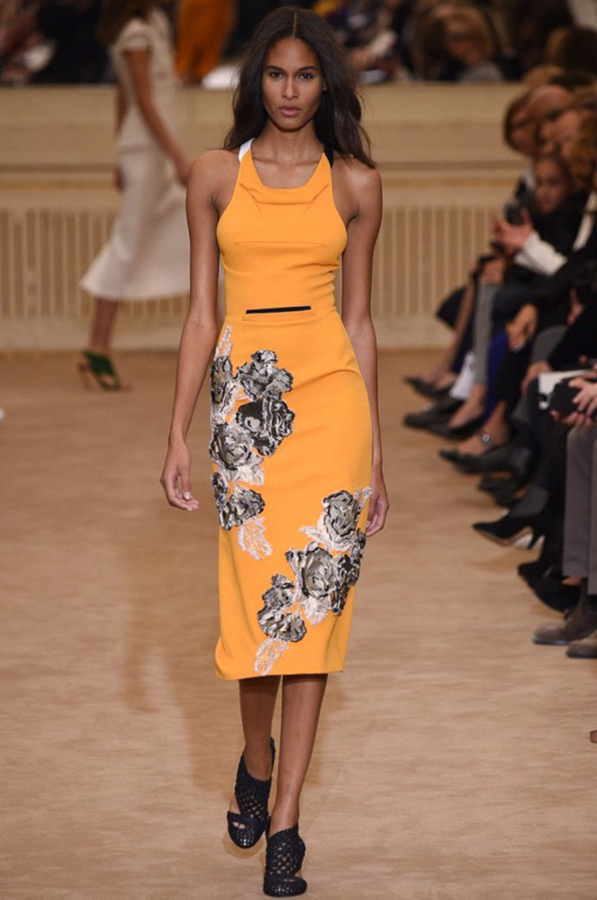 Cindy Bruna for Roland Mouret PFW SS16
