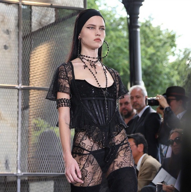 Isis Bataglia for Givenchy SS16 Menswear show