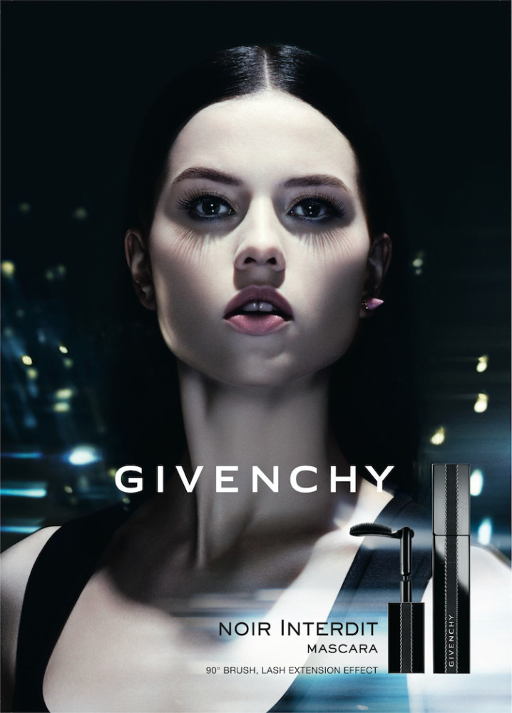 NEW VISUAL OF ISIS BATAGLIA FOR GIVENCHY BEAUTY CAMPAIGN