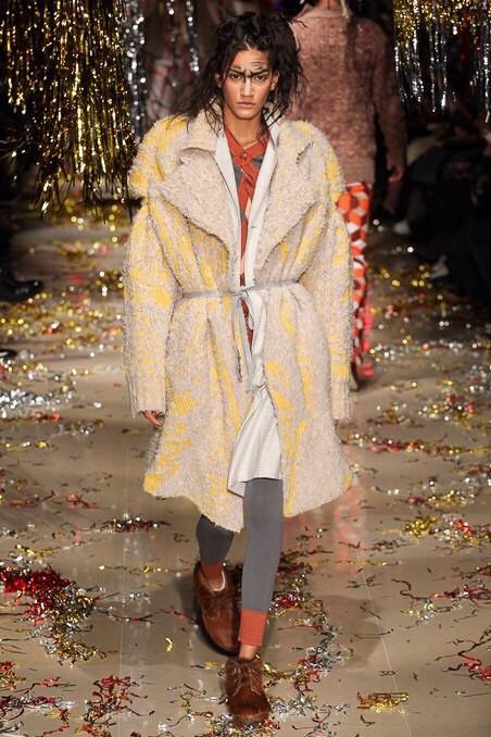 Hadassa Lima for Vivienne Westwood AW15/16