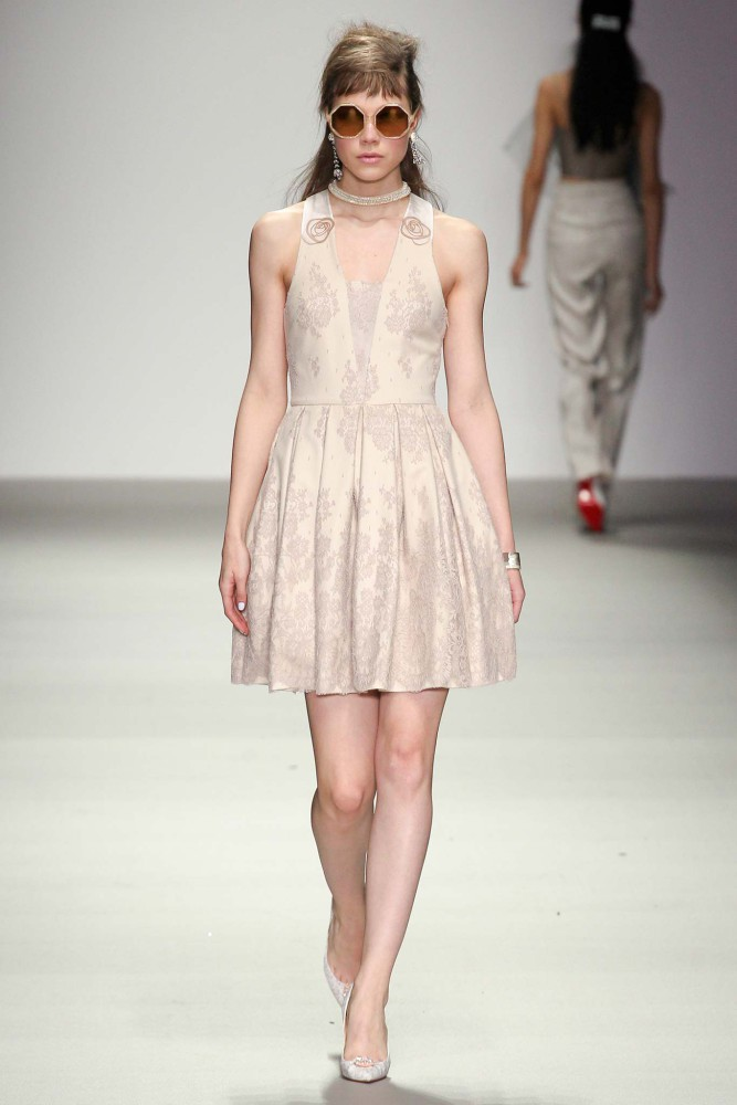 Lotte for Holly Fulton LFW/15-16