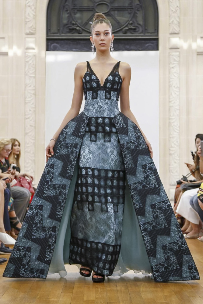 9 GIRLS ON GYUNEL FALL17 COUTURE SHOW