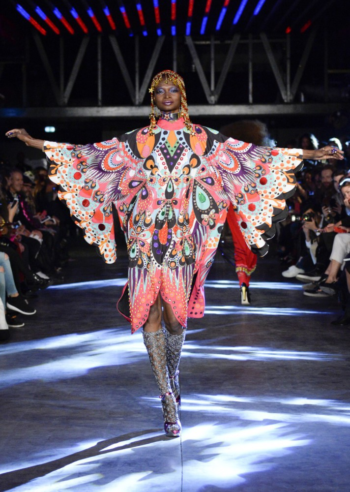 Debra Shaw for Manish Arora PFW SS16