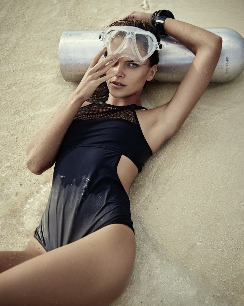 Viktoria H for Harper'S Bazaar #May 2015