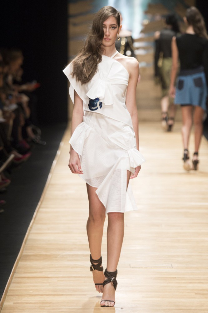 Karla C for Guy Laroche PFW SS16