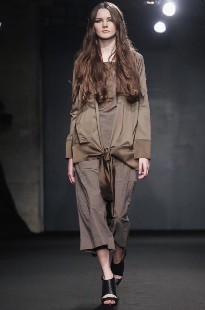 Daria B for Atsuro Tayama PFW SS16