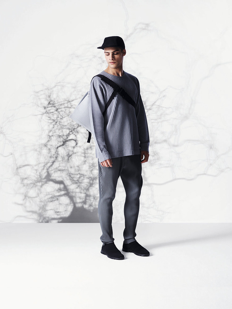 HENRICO FOR ISSEY MIYAKE HOMME PLISSÉ