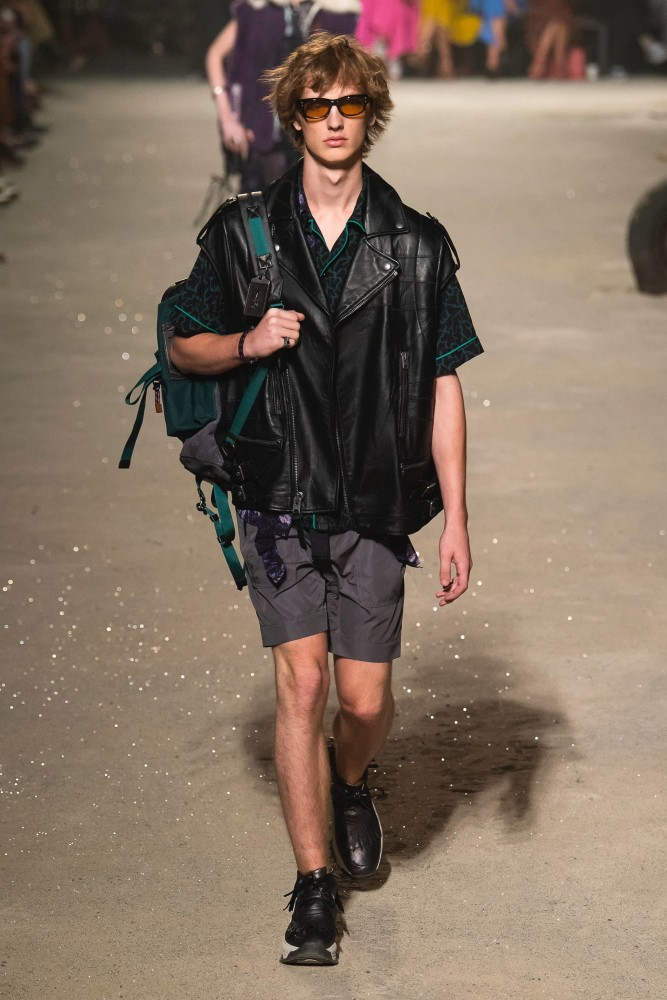 2 BOYS FOR COACH 1941 SS19 WOMEN'S SHOW