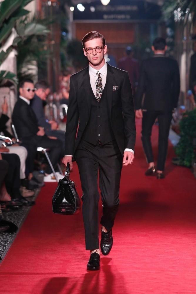 Lucas For Dolce & Gabbana ALTA SARTORIA