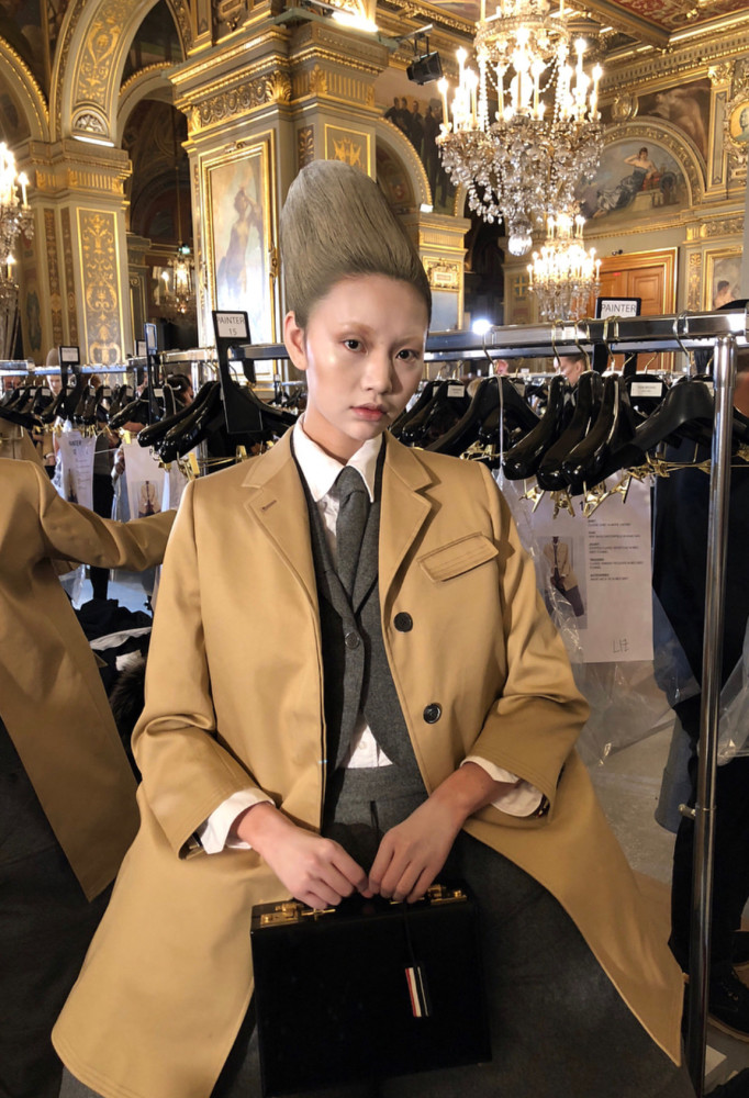 6 GIRLS FOR THOM BROWNE