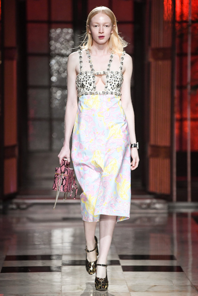 YAXIN & THAIS FOR MIU MIU RESORT SHOW IN SHANGHAI