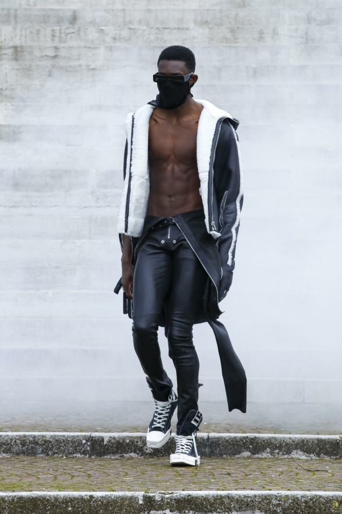 MOR MBAW FOR RICK OWENS