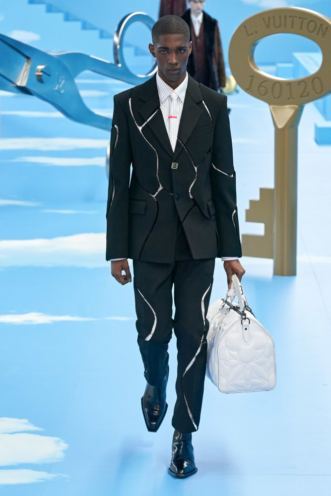 DIOGO WORLWIDE EXCLUSIVE FOR LOUIS VUITTON