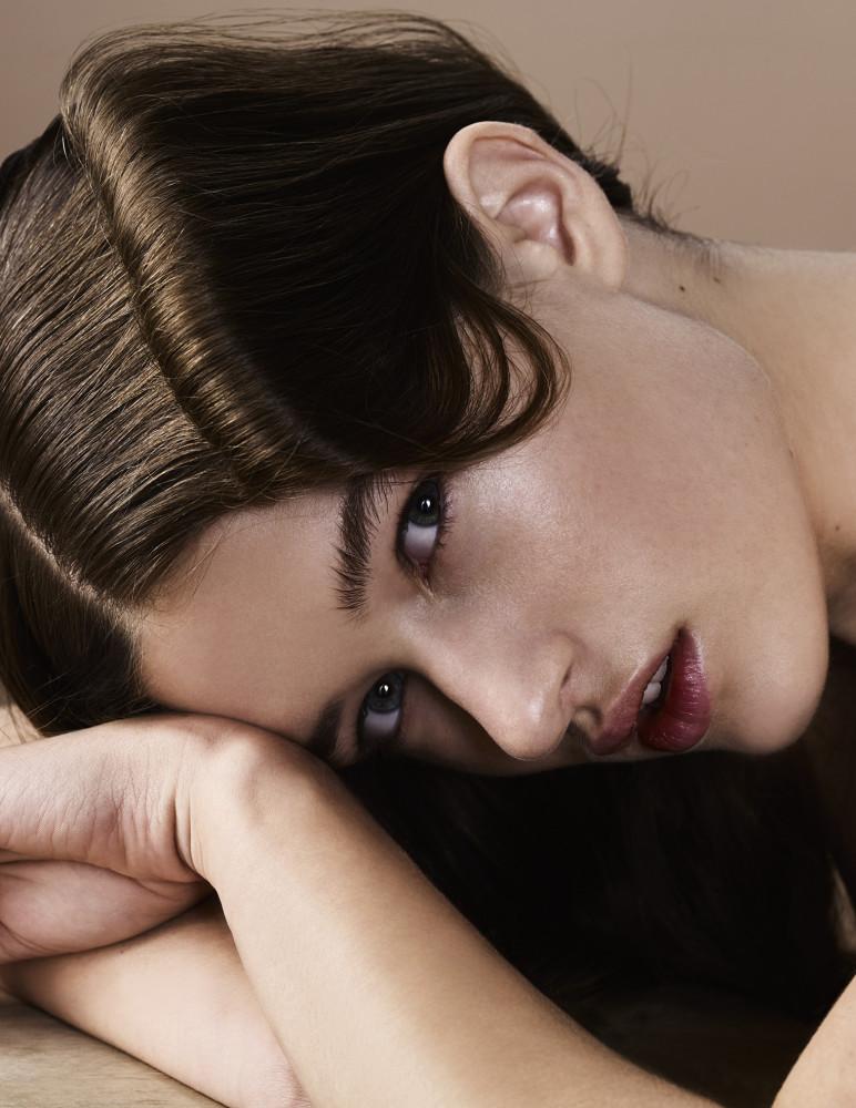 Beautiful Femke for Mirror Mirror Magazine