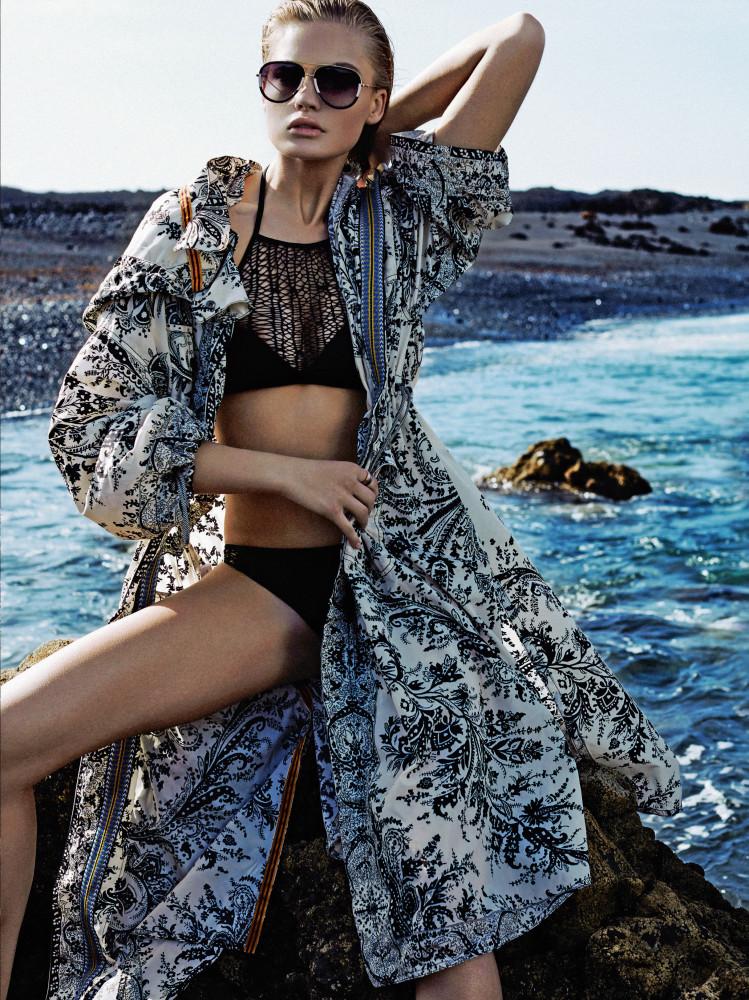 Insane beauty Isabel for Glamour Italia