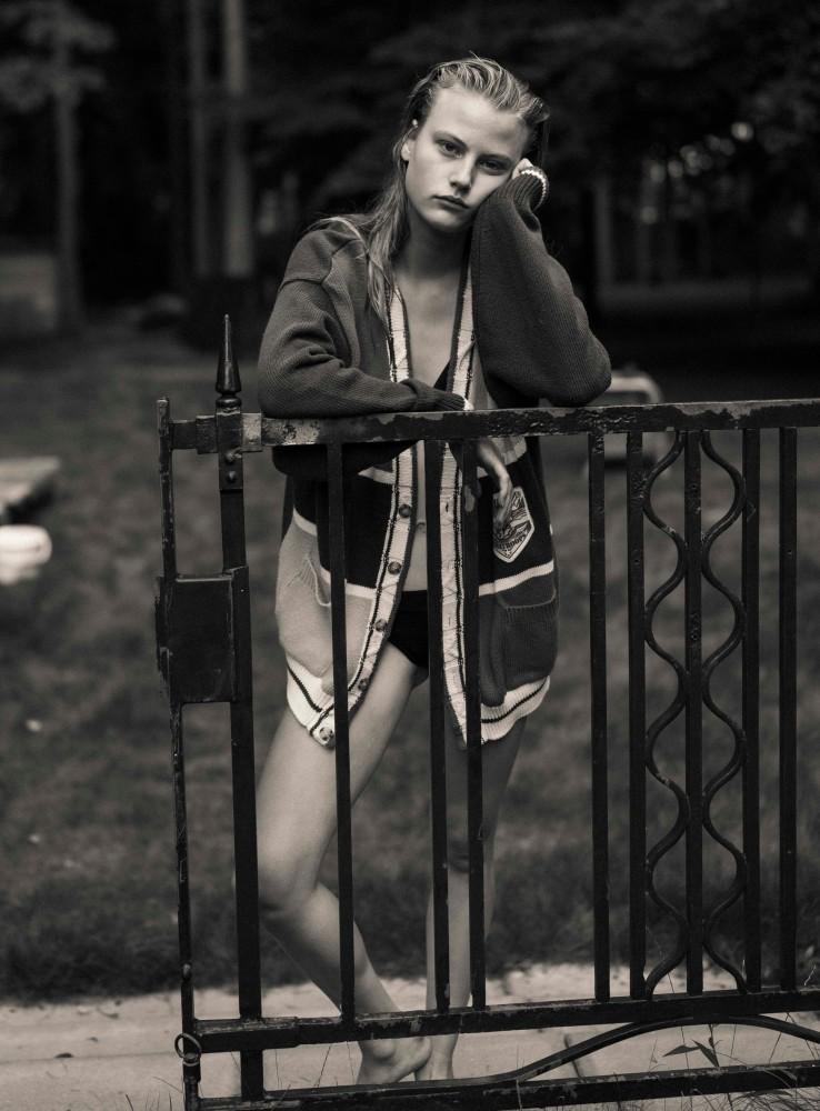 Britt H by Casper van der Linden