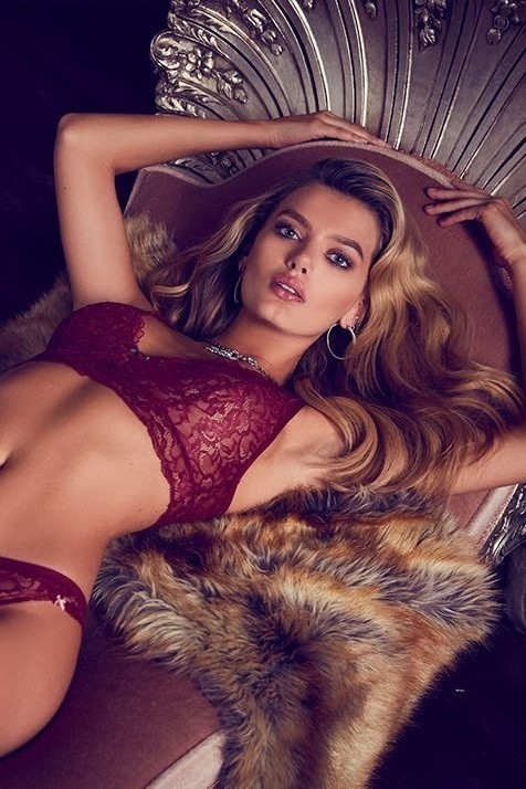Bregje for the Guess Lingerie campaign