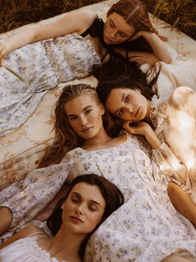 Noortje, Isabel, Sara & Loulou for JAN Magazine