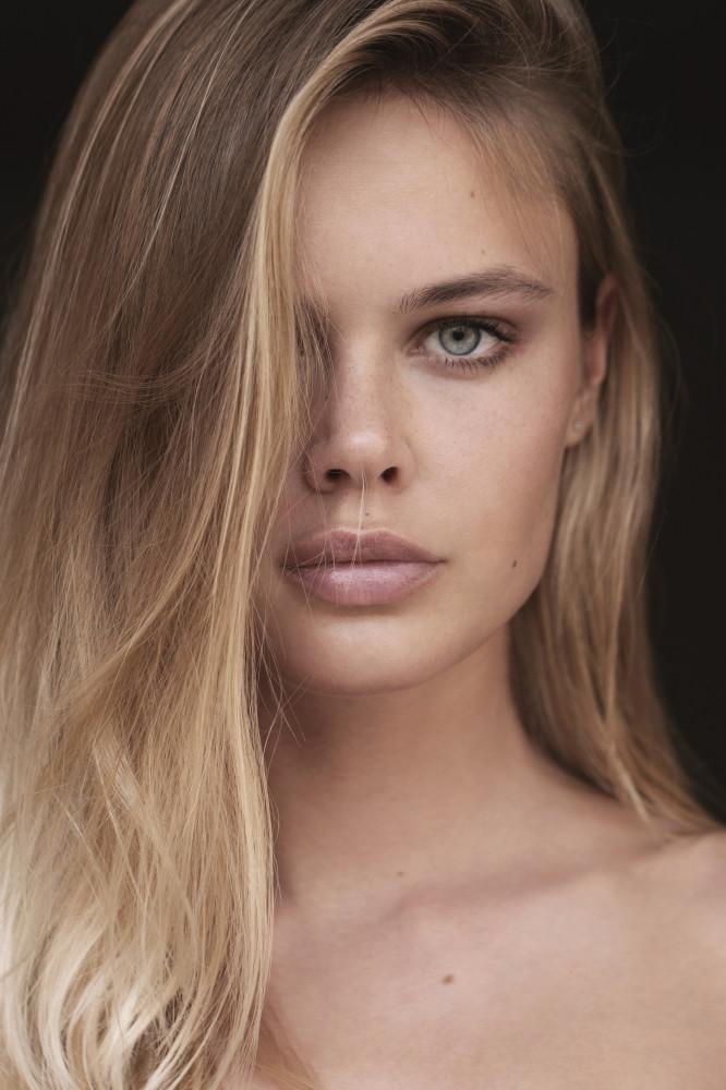Darya model mojor работа для девушек хабаровск