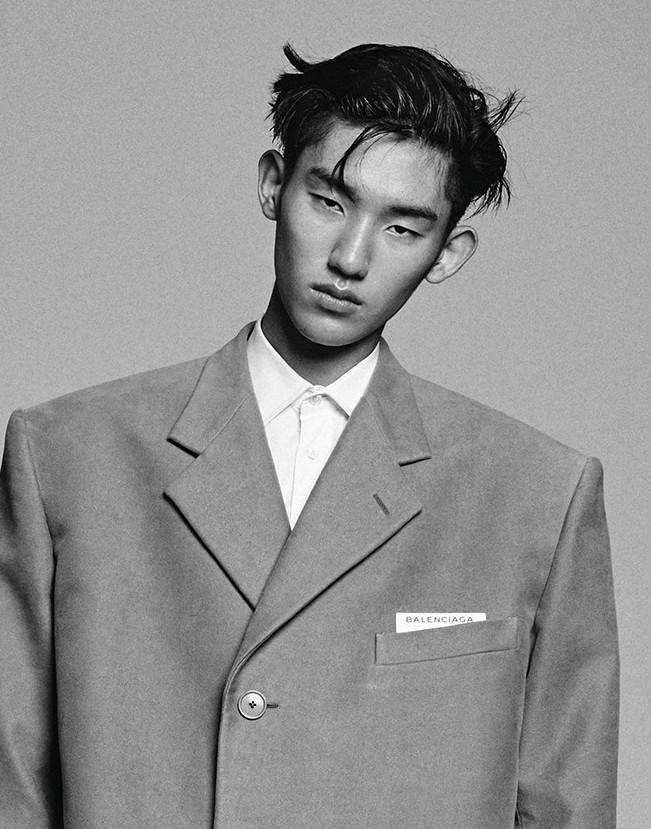 photos officielles b8316 84e7a Jun Young Hwang | Premier Model Management