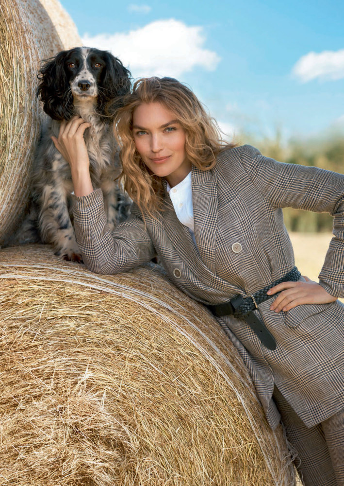 TOWN & COUNTRY: JUNE ISSUE