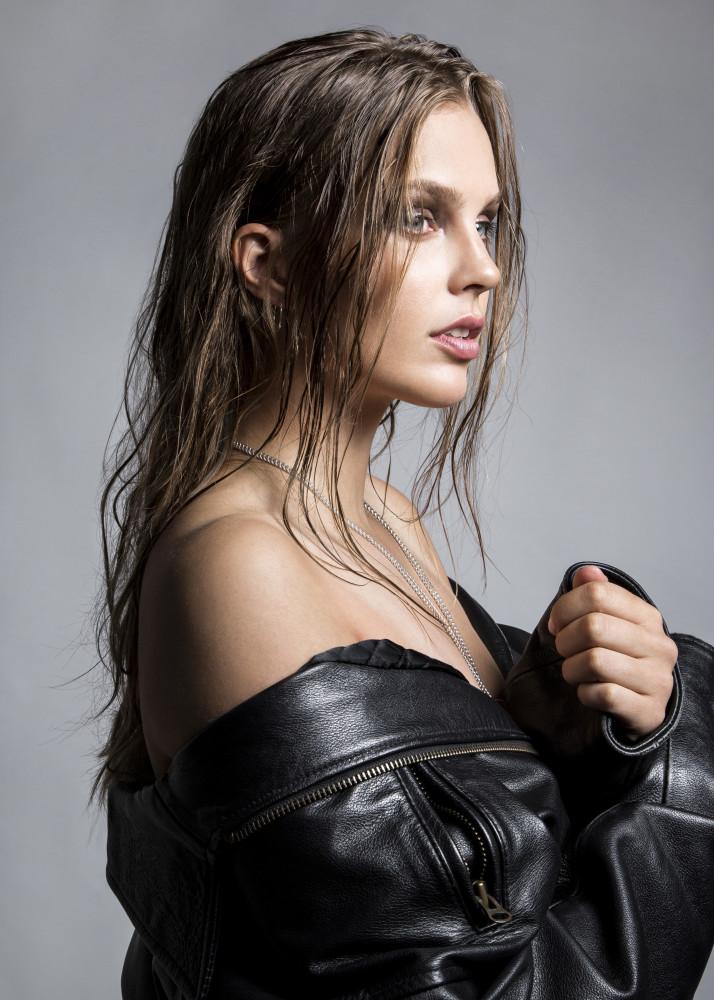 ALINA SCHWAB