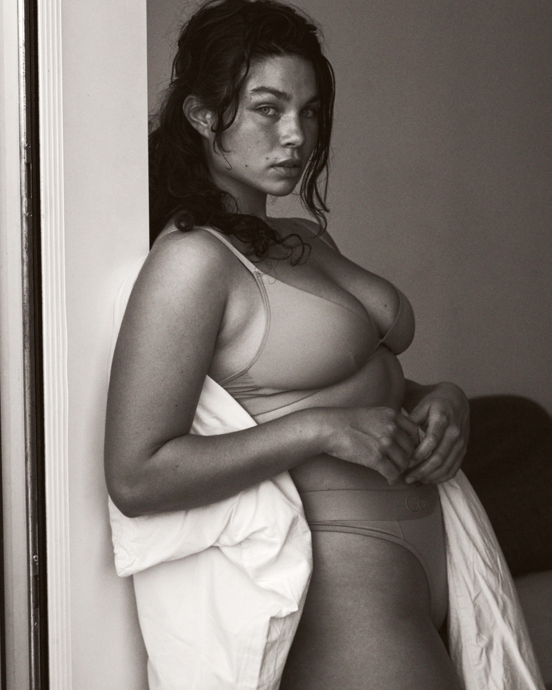 AMANDA ROE