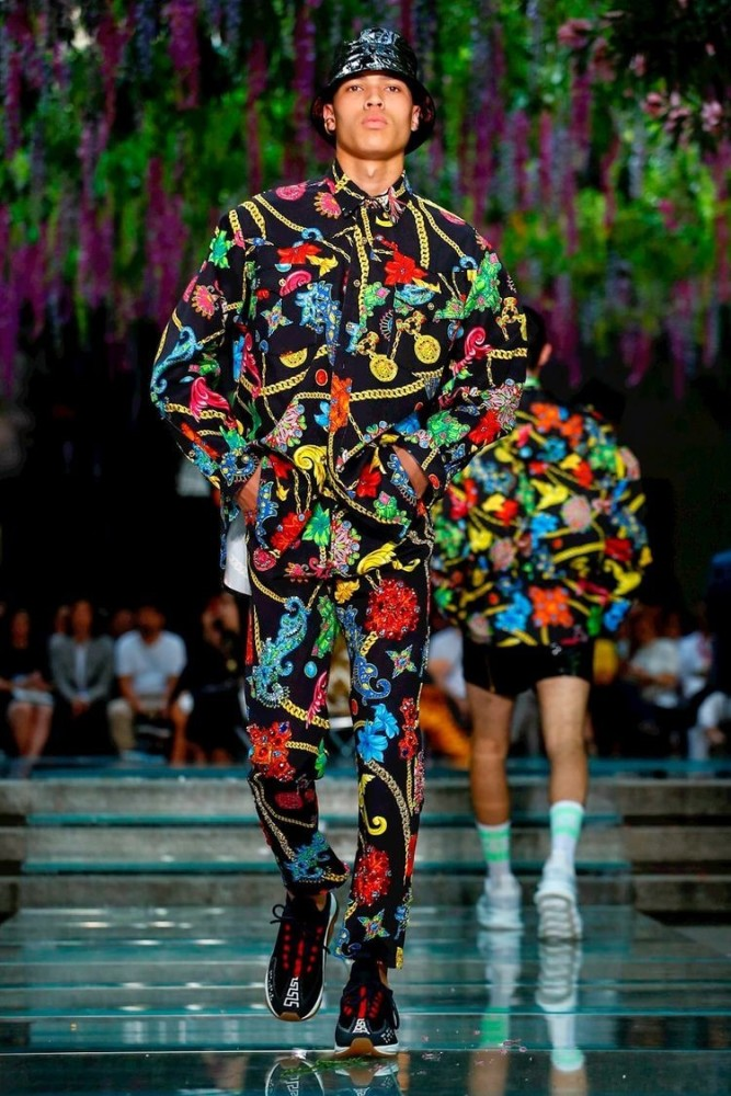 Milan Fashion Week- Versace SS19- Finn & Louis