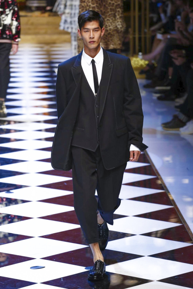 Taeeun Bahng for Dolce & Gabbana SS17