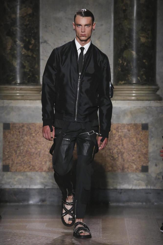 Eduard Badaluta for Les Hommes SS17