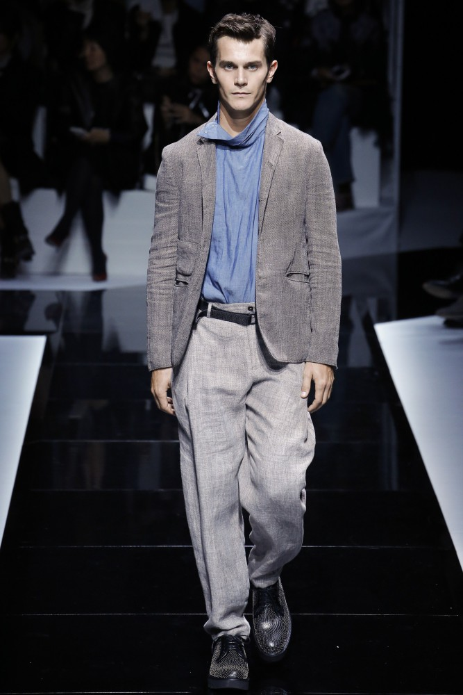 EMPORIO ARMANI - SPRING SUMMER 2017 FASHION SHOW   Success men 239bee1321