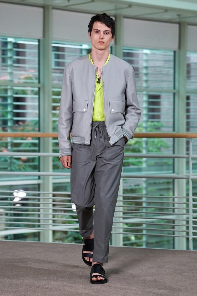 Hermès SS2021 Fashion Show