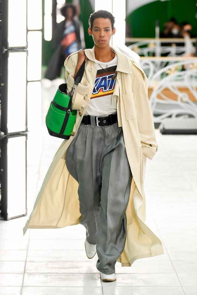 Louis Vuitton SS21 show