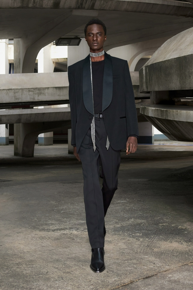 Malick Bodian Isabel Marant Fall Winter 2021 Fashion Show