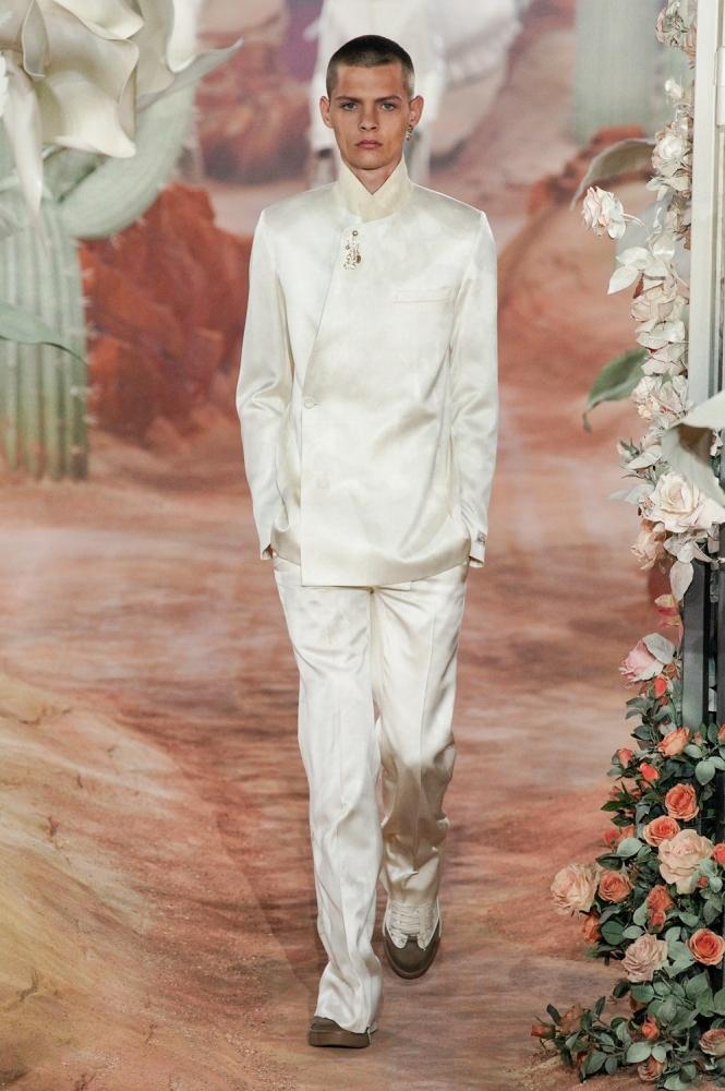 Lucas Dermont PFW Dior ss22