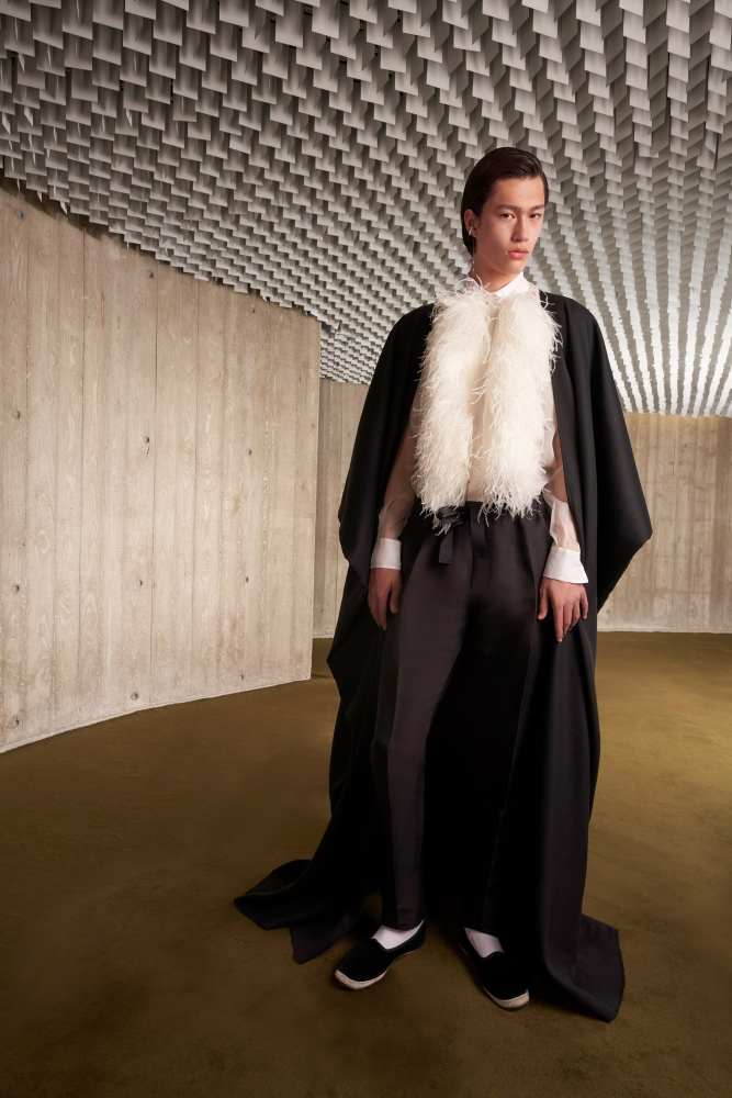 Mathieu Simoneau PFW Haute couture Giambattista Valli fall 2021