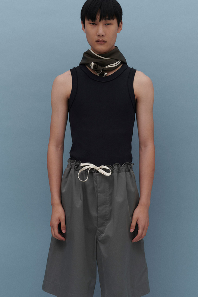 Myung su jung for uniforme ss22 collection