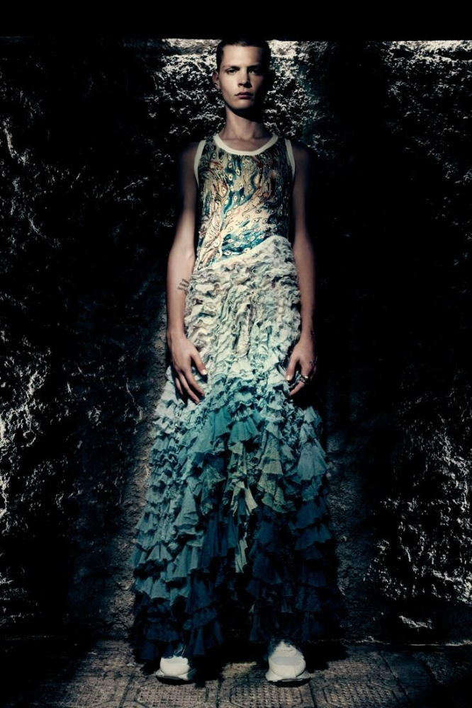 LucasDermont by Paolo Roversi for Alexander Mcqueen ss22 menswear campaign