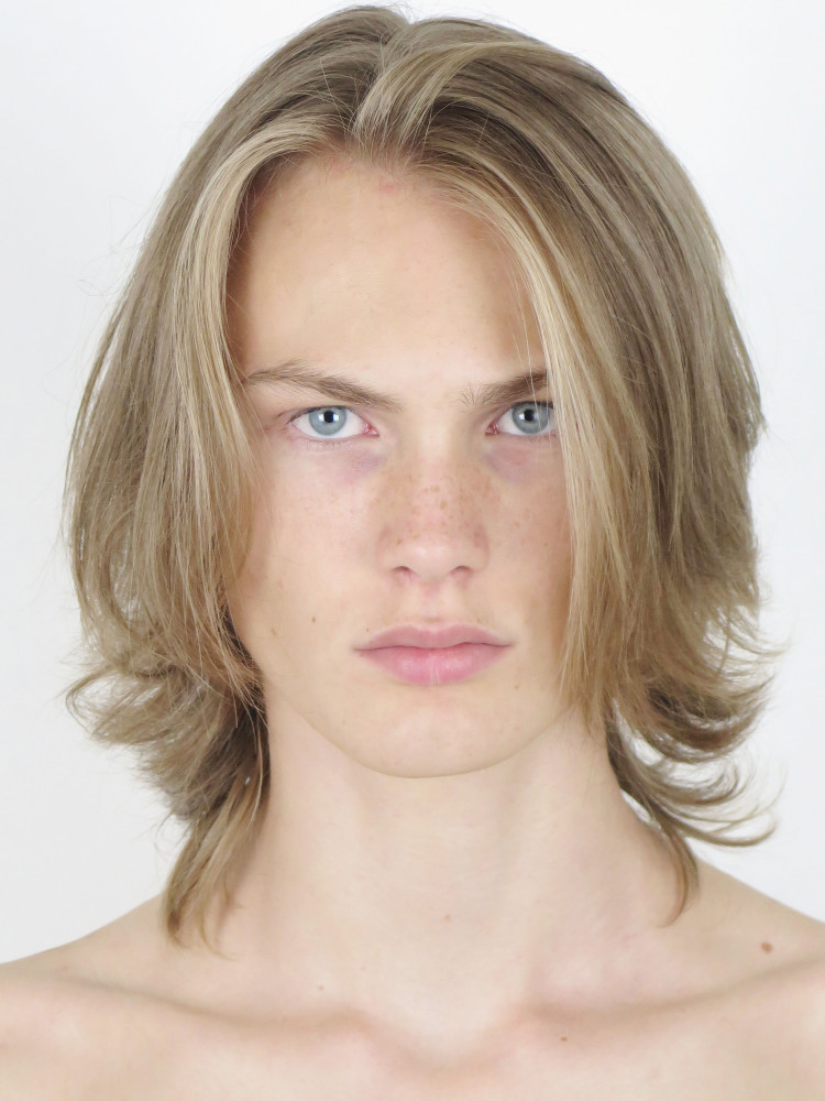Ludvig Fast Male Model Represented By Success Models Paris