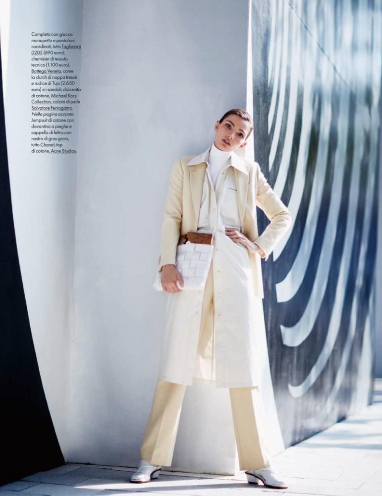 Carola Remer for Elle Italia shot by Michael Sanders