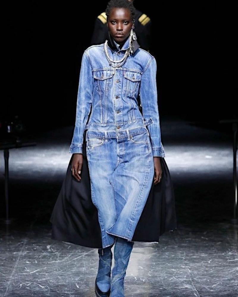 AWAR O FOR Jean Paul Gaultier X Sacai Haute Couture Fall 2021 Show