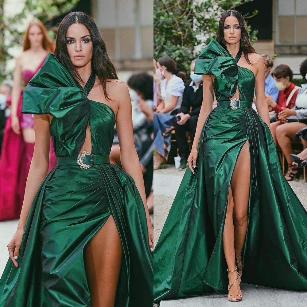 Sofia Resing for Zuhair Murad Haute Couture Fall 2021 Show