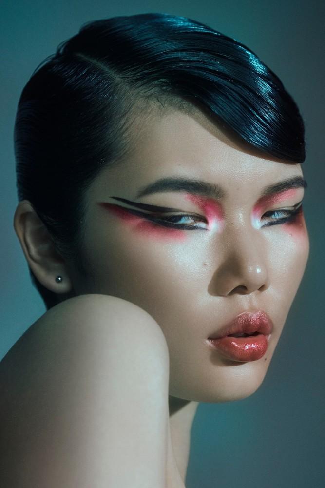 KAYAKO HIGUCHI for 5ELEVEN Magazine