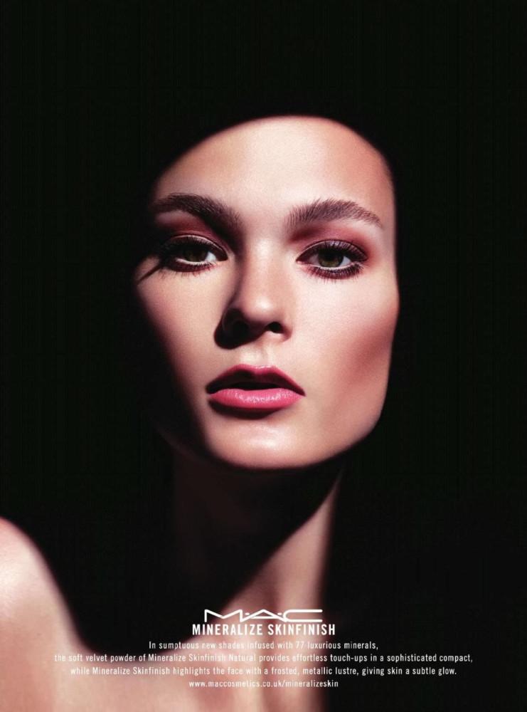 Irina Kulikova For M A C Cosmetics Mineralize S 2017