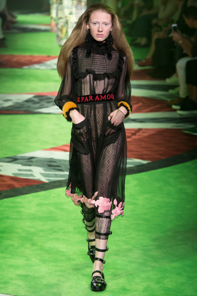 Maryna Polkanova in paris men´s fashion week ss 17  c44b3fb07d12